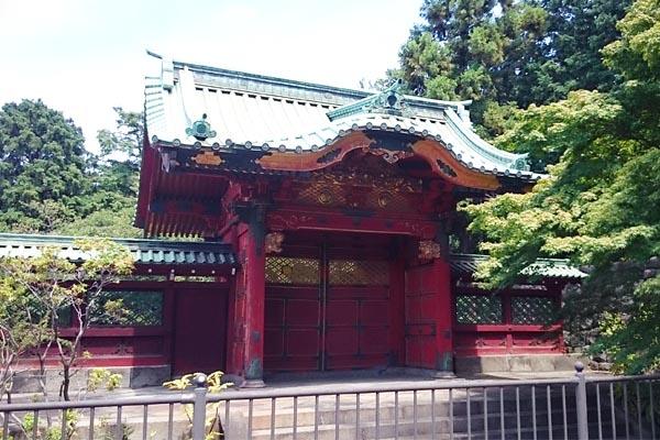 徳川墓所-勅額門