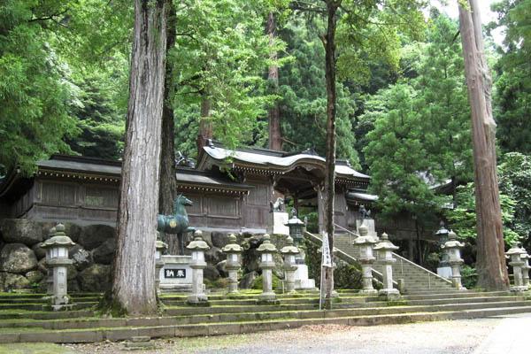 岡太神社 大瀧神社-御門