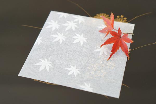 透かし和紙 敷き紙 - 紅葉