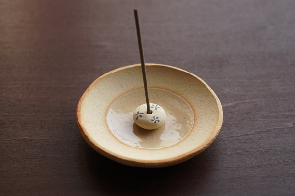 小花の香立- 香皿